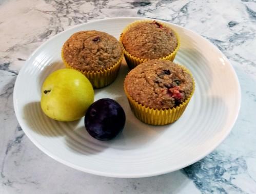 oatmeal plum muffins